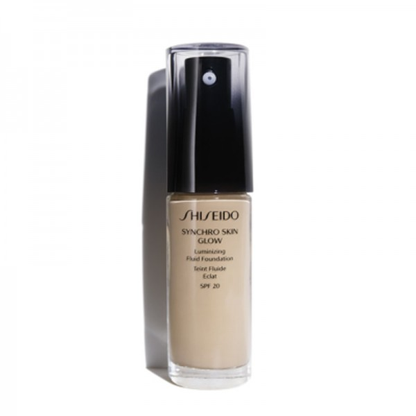 Shiseido Synchro Skin Glow Illuminizing Fluid Foundation SPF20