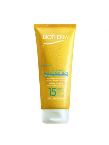 Biotherm Fluide Solaire Wet or Dry Skin Melting